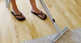 Aperfield clean a carpet TN1