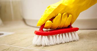 GU25 cleaning services in Virginia Water